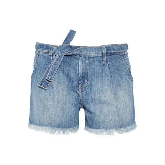 Abgeschnittene Jeansshorts mit dünnem Gürtel von Current Elliott.
