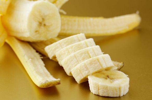 Banán: édes, egészséges. finomsághttp://www.hazipatika.com/taplalkozas/zoldseg_gyumolcs/cikkek/banan_edes_egeszseges_finomsag/20121219101801