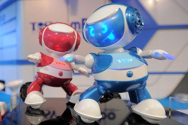 Vietnam's Tosy Disco Robots.