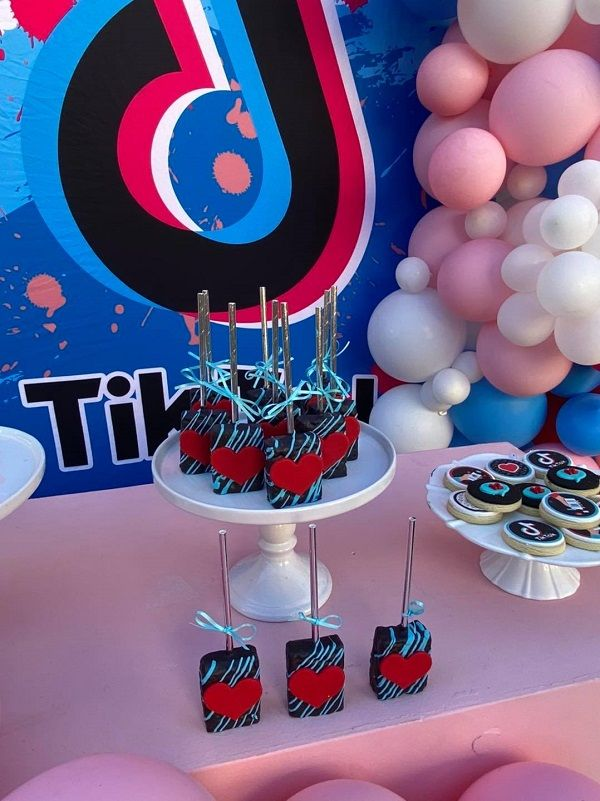 Tiktok Themed Birthday Party Bursting With Dance Style Decor In 2020 Birthday Party Themes First Birthday Party Themes Birthday Parties