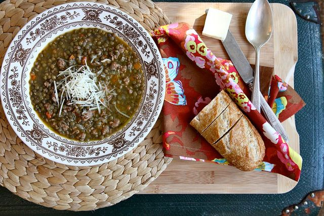 spicy lentil soup with buttered bread via joy the baker. I'm wanting to find a good lentil soup. I'l try this one.