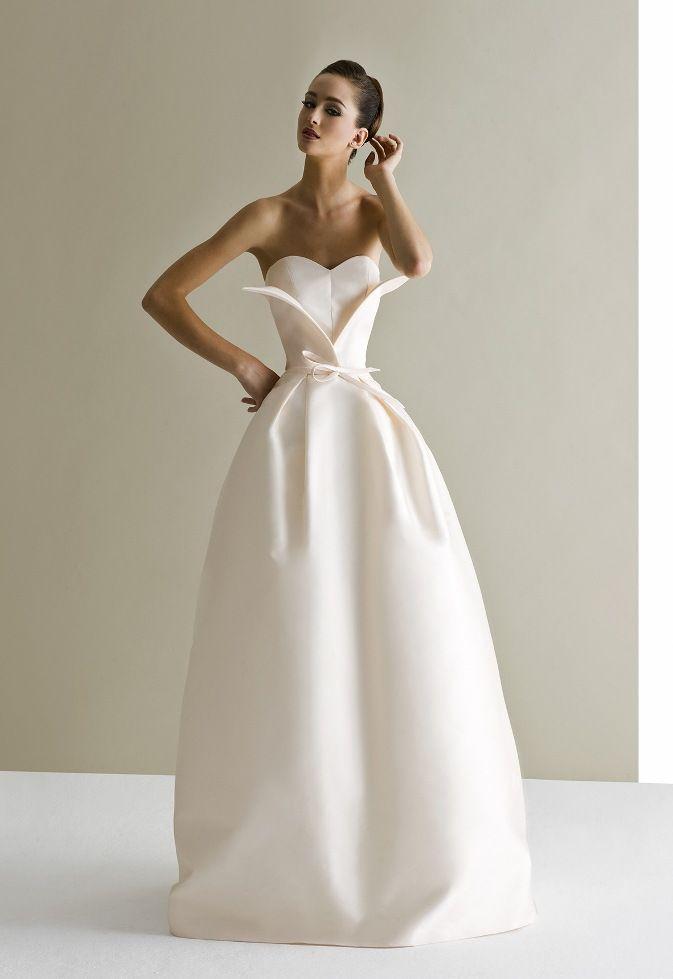 Jolie robe de mariée... #TheBeautyHours