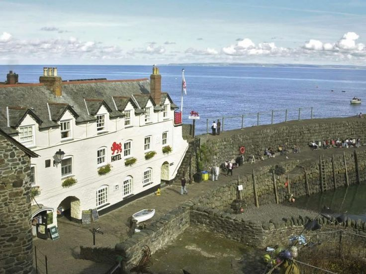 Red Lion Hotel Clovelly Dog Friendly