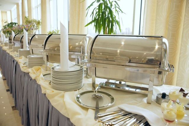 Buffet Or Sideboard Difference Best 25+ Buffet Set Up Ideas On Pinterest | Catering Table