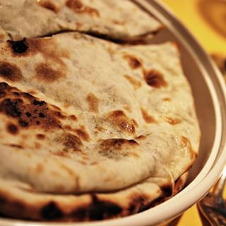 Yummy naan | 25 Pakistani Dishes Everyone Should Learn To Cook