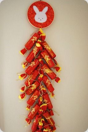 The Silly Pearl {Handmade}: Craft Tutorial: Lunar New Year Firecracker Wall Hanging