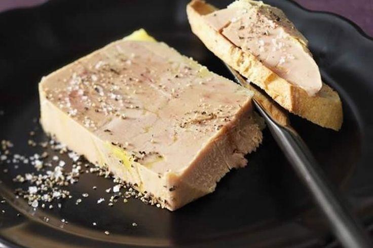 Délice de foie au thermomix. Je vous propose une recette de délice de foie au riesling, simple et facile à préparer chez vous avec le thermomix.
