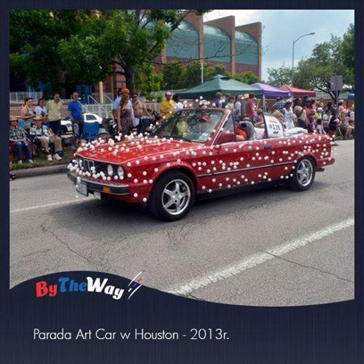 Parada samochodów i dziwacznych pojazdów w Houston cieszy się popularnością już od 26 lat! Na zdjęciu jeden z ładniejszych przedstawicieli z zeszłego roku.  http://www.thehoustonartcarparade.com/about-the-art-car-parade/