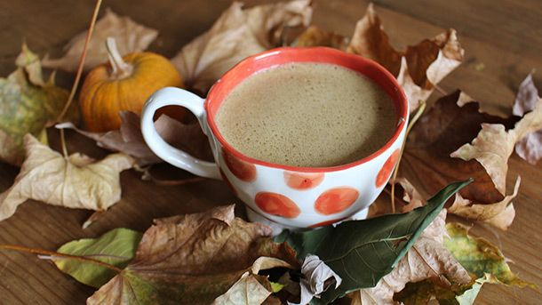 Tasty warm sippers that'll keep you healthy. These 5 delicious hot drinks will keep you warm,boost your immune system and keep you healthy this winter...