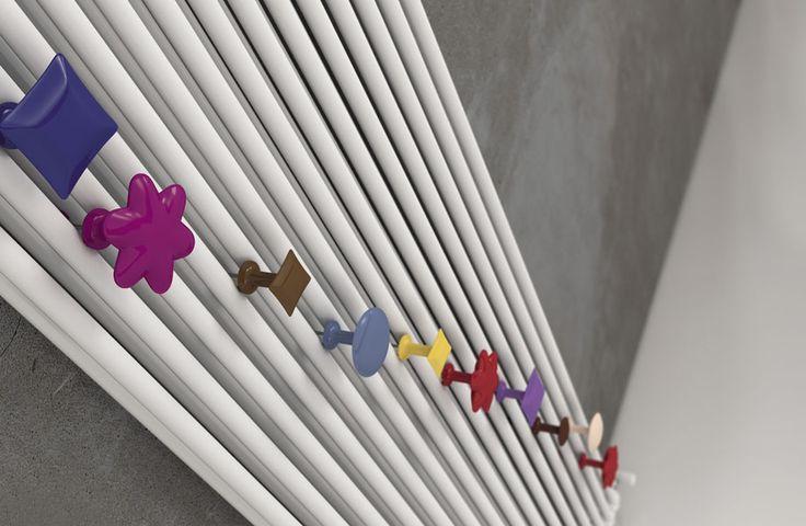 Linea di accessori HANG UP: un'esplosione di forme e colori!// Range HANG UP: an explosion of colors and shapes