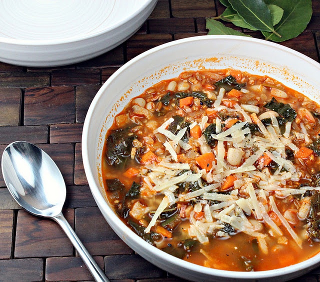 about Bean Soup and Beans on Pinterest | White Beans, Black Bean ...