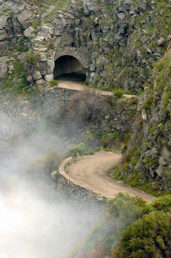 """""""""""Tuneles de Taninga"""""""" en la provincia de Cordoba, Argentina"""