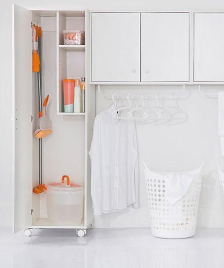 Saiba como manter tudo em ordem na lavanderia sem perder espaço e tempo.