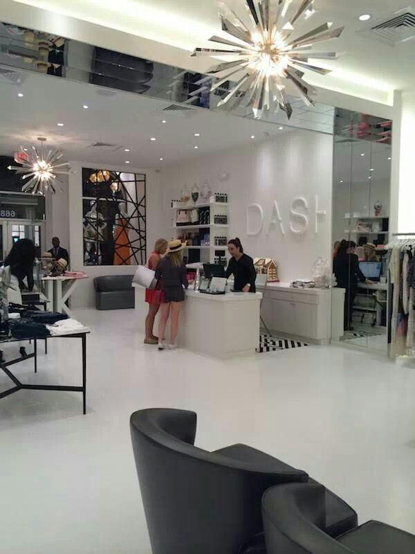 Dash In South Beach Fla Boutique Interior Boutique Interior Design Retail Interior