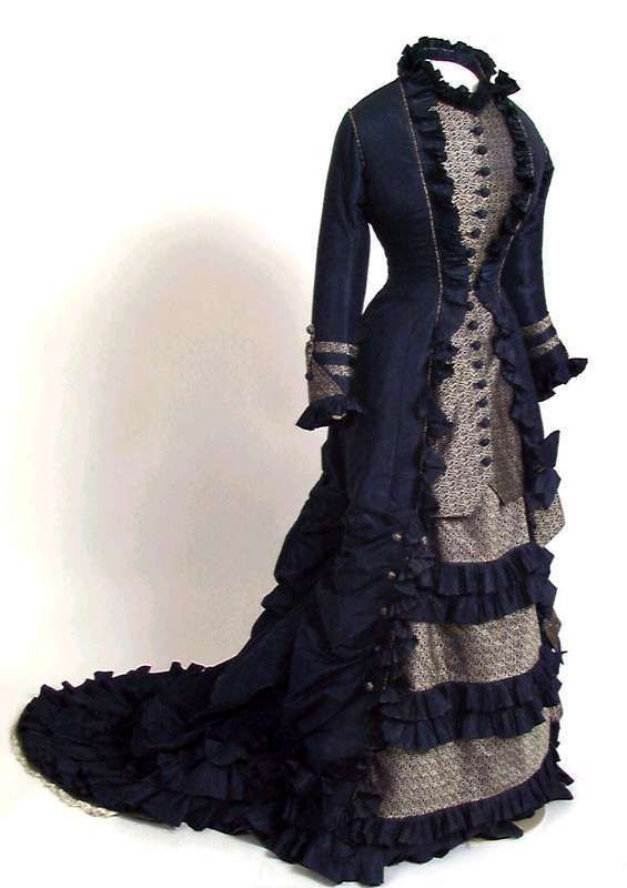 Day dress ca. late 1870's  From the Digitalt Museum  http://www.primusweb.no/things/kjole/NF/NF.1935-0014?material=Tekstil,+silke_context=1=50=6955=1193