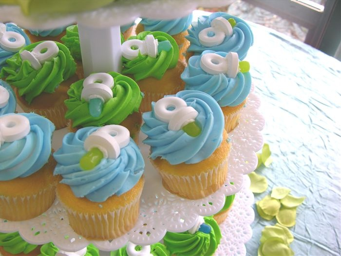 Baby Shower Cupcake Flavor Ideas : 54 best Baby Shower Cupcakes images on Pinterest Baby ...