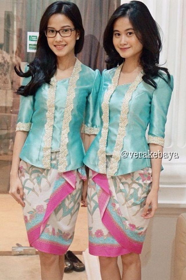 Kutubaru kebaya and batik skirt