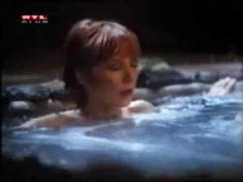 Shirley MacLaine spirituális útkereséséről szóló 2 részes film ezoterikus részletei.