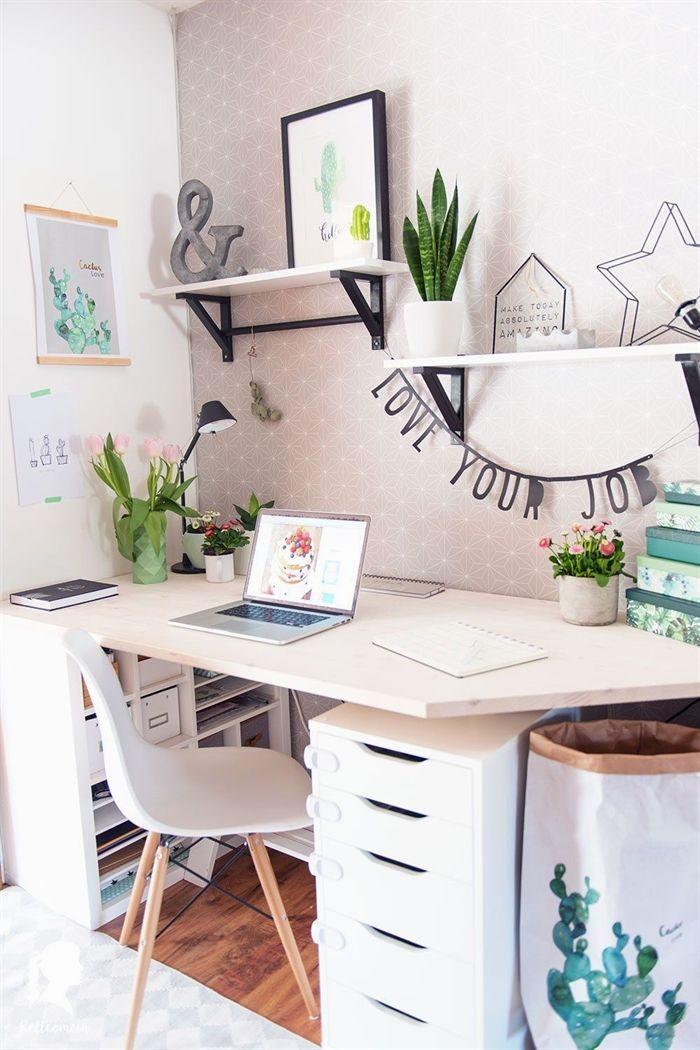 Fruhling Im Home Office Mein Neuer Schreibtisch Relleomein De