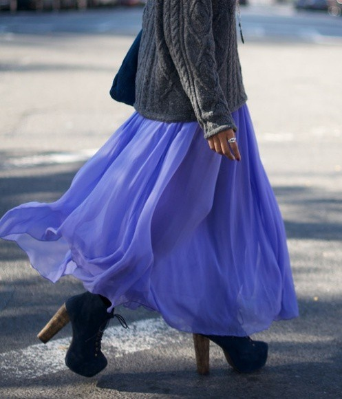Inspiration board: Skirts Style, Autumn Outfits, Blue Skirts, Over Sweaters, Long Skirts, Chiffon Skirts, Jeffrey Campbell, Cozy Sweaters, Maxi Skirts