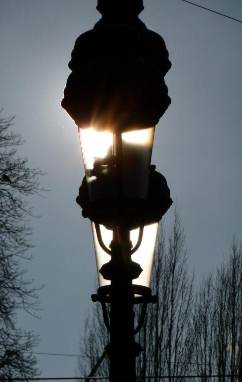 Zonlicht, geen lamplicht. Brussel.