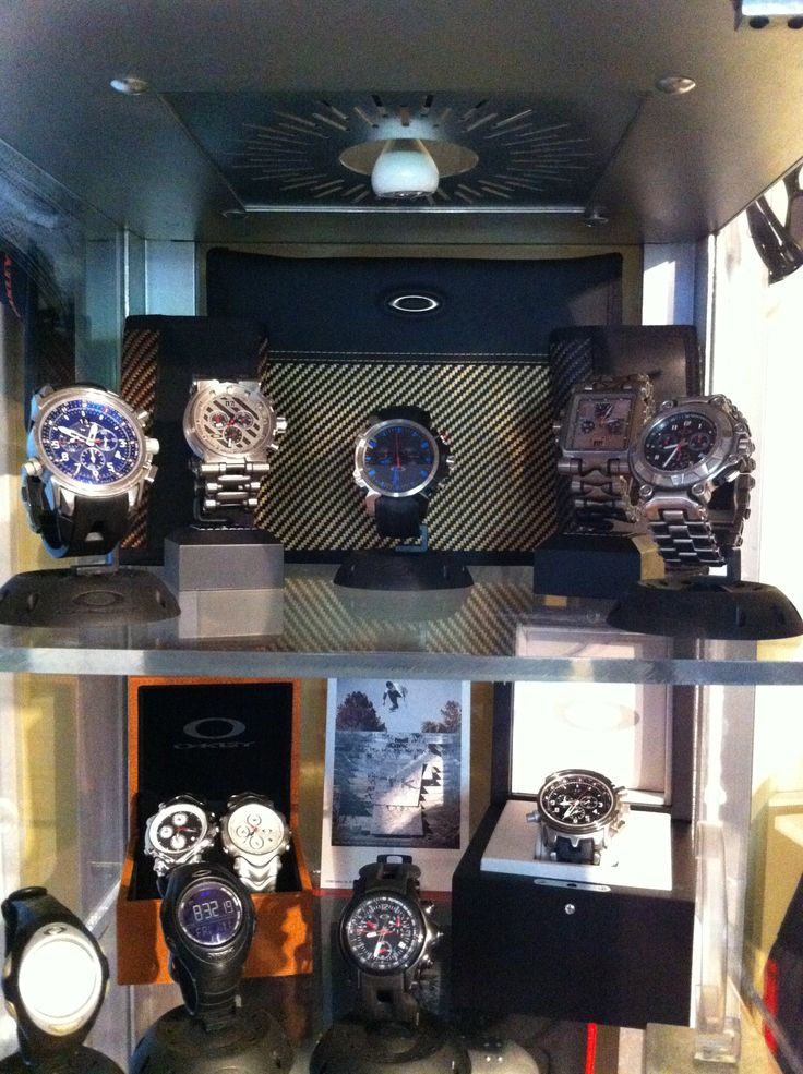 Oakley Watches Collection - http://www.oakleyforum.com/forums/oakley-watches-discussion.17/
