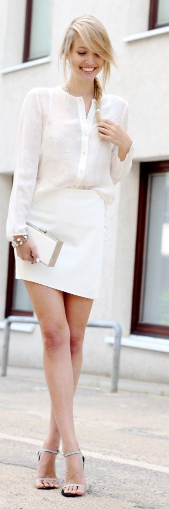 street style all-white