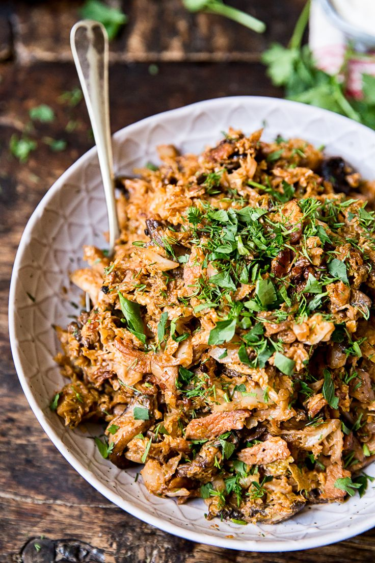Braised Savoy Cabbage with Bacon, Mushrooms and Sour Cream