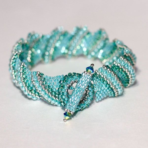 The Cellini Bracelet Is An Intermediate Project You Should Be Comfortable With Peyote Before Trying This Your Kit Contains Delicas And Seed Beads
