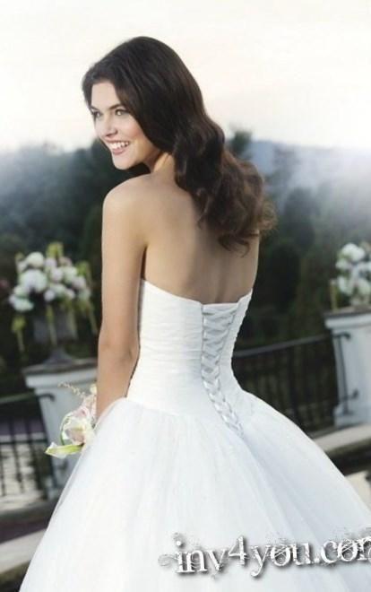 Свадебное платье чтобы скрыть бока - http://1svadebnoeplate.ru/svadebnoe-plate-chtoby-skryt-boka-3560/ #свадьба #платье #свадебноеплатье #торжество #невеста