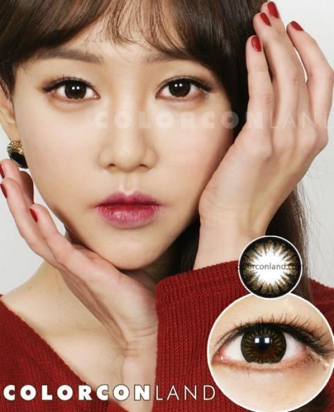 ●ボンバービー ブラウン● 黒のワンカラーでしっかり瞳のフチがあり、内側に向かって明るめのブラウンがはいった2カラーカラコン。セクシーな雰囲気のある、立体的で輝くような瞳の印象に。つけ心地の良いシリコンレンズは、乾燥したオフィスでの着用、長時間コンタクトの着用が必要になる方にもおすすめです。さらにUVカット機能付きで、瞳を紫外線からも守ってくれます。☆カラコンランド☆