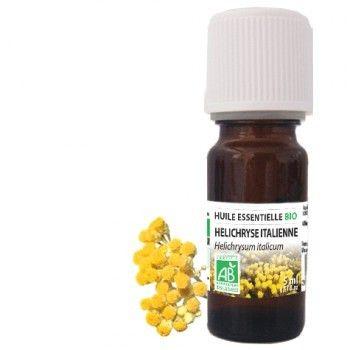 L'huile essentielle d'Hélichryse Italienne (aussi appelée Immortelle), est l'un des fleurons de l'aromathérapie. Rare et précieuse, d'une efficacité exceptionnelle et d'une odeur intense et enivrante, elle est réputée pour régulariser les troubles cutanés. Elle aide à régénérer la peau, purifier et apaiser les peaux fragilisées. Riche en acétate de néryle, l'huile essentielle d'Helichryse Italienne est aussi connu sous le nom de l'huile du boxer car elle apaise les coups. Elle est tout aussi…