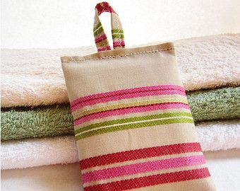 Linen lavender sachets, Fragrance sachets, Set of 3, Pink lavender bags, Green lavender sachets, Drawer closet sachets, SALE!!! 15%OFF