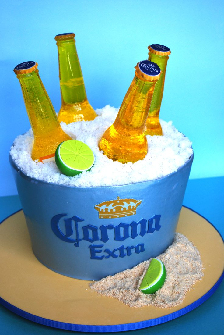 Beer bucket cake decorated with poured sugar Corona beer bottles | moxy.mx