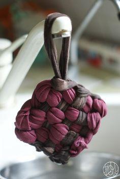 Les écolotrucs - N°5 - Fabriquer ses éponges (tawashi). Faites un tour sur ce blog plein de poésie !