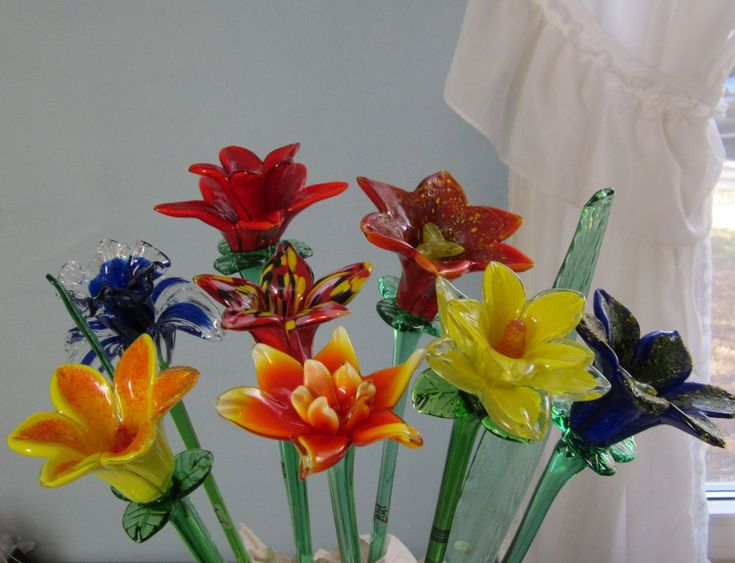13 best images about glass flower on pinterest for Flowers in glass bottles