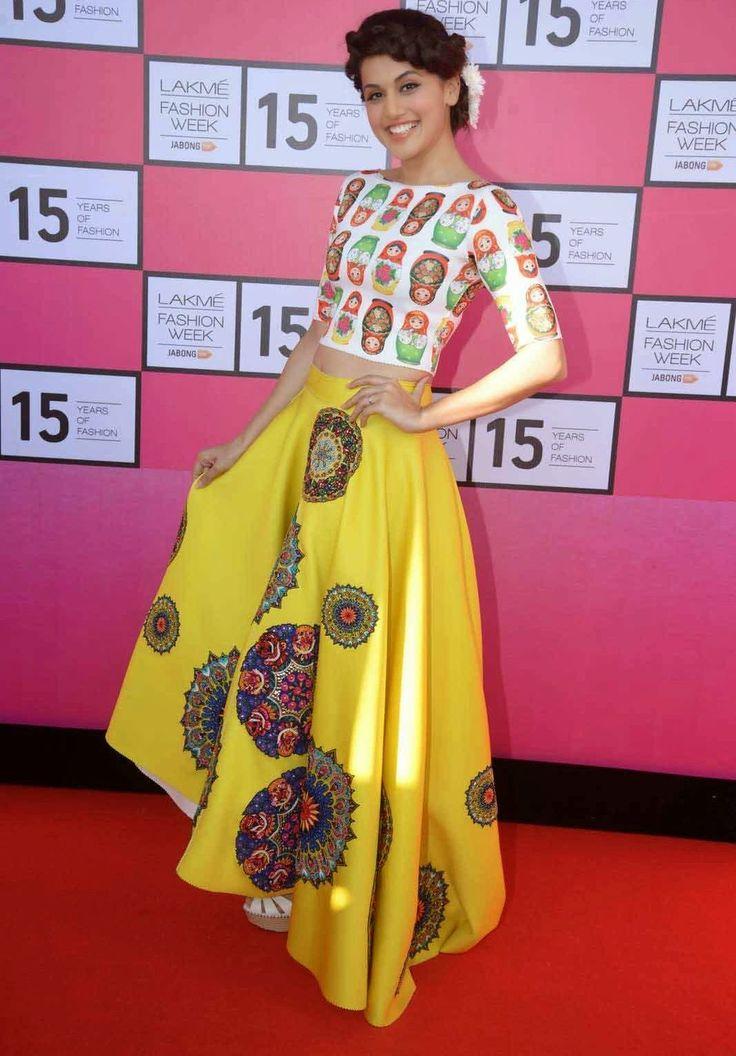 Taapsee Pannu Looks So cute and Trendy in Fresh Fashion at Lakme Fashion Week 2015 Curtain Raiser