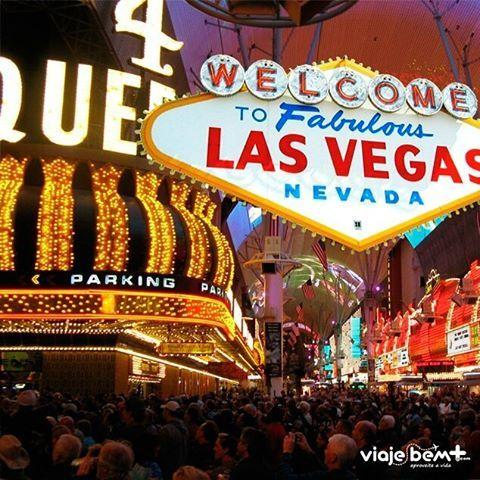 Que tal viajar pra Las Vegas para comemorar a virada do ano? Comece a se programar desde agora. Faça sua cotação com a gente! #férias #vegas #reveillon #casinos #festas #diversão