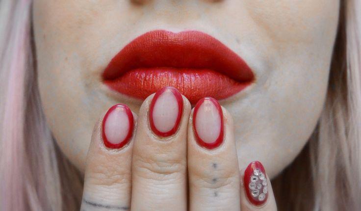 Red Negative Nails #rednail #negativenails #nailart #nails gelnails #naildesign