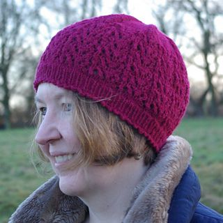 Ravelry: Ferrara Hat pattern by Miranda Jollie in @luxuryyarns Di Lusso