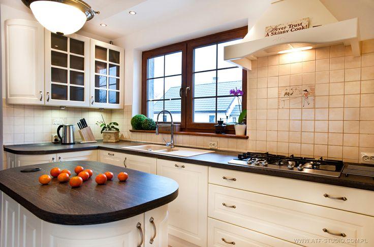 Fotografia wnętrz, kuchnia klasyczna