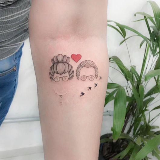 Tatuagem para Avós – 50 Ideias p/ Fazer Uma Homenagem Linda! | Tatuagem, Tatuagem feminina, Tatuagem para vó