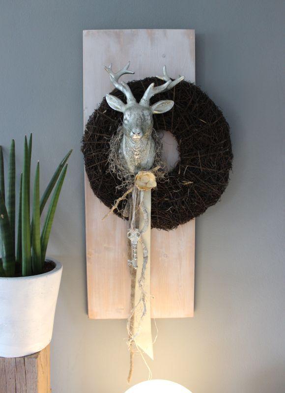 die besten 20 hirschgeweihe ideen auf pinterest hirschdekor geweih kunst und geweihe. Black Bedroom Furniture Sets. Home Design Ideas