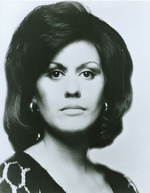 Kiri Te Kanawa, 1978-- Fabulous inspiration with her confidence and her amazing voice!