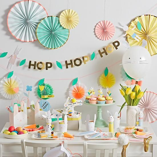 Easter Party Décor