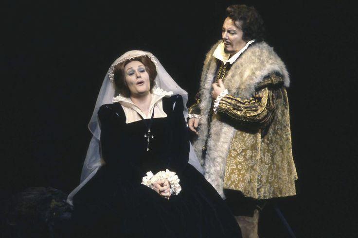 Joan Sutherland as Maria Stuarda - London 1977