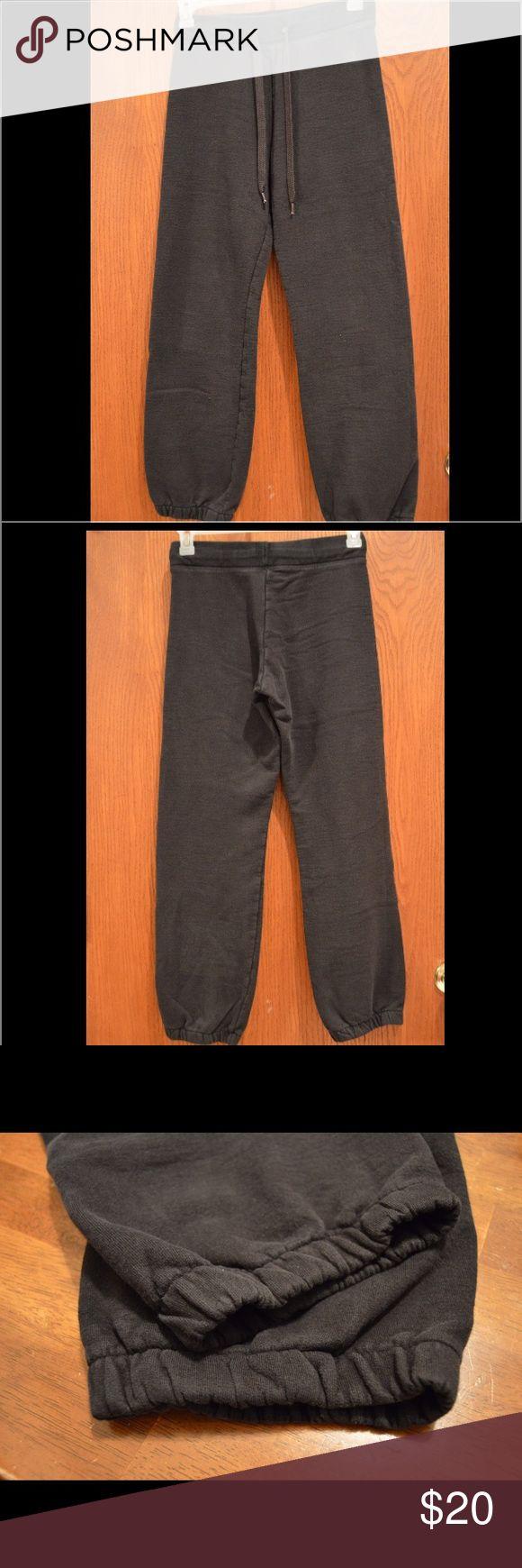Champion men's athletic pants Athletic pants, drawstring waistband, no pockets, hardly worn Pants Sweatpants & Joggers