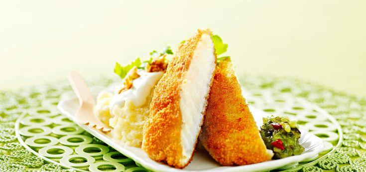 Kjøp Sprøstekt torsk med potetmos og resten av ukeshandelen med ett klikk! Potetmos og sprøstekt torsk er en barnevennlig middagsrett. Det trenger ikke være så krevende å sette fisk på middagsbordet når man har en aktiv hverdag.