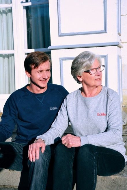 Collection Capsule N°5 Les Comptoirs d'Orta /  www.lescomptoirsdorta.com / Sweat La Lilloise & Le Lillois #lescomptoirsdorta #sweat #grey #gris #navy #marine #Lille #Lilloise #Lillois #France #French #old #woman #grandmother #boy #grandson #fashion #tendance #family #love