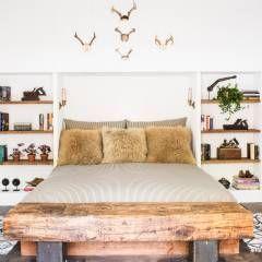 Truckee Residence: Quartos Eclético por Antonio Martins Interior Design Inc